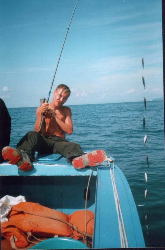 рыбалка на пустой крючок